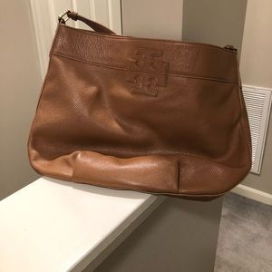 Tory Burch leather purse excellent condition
